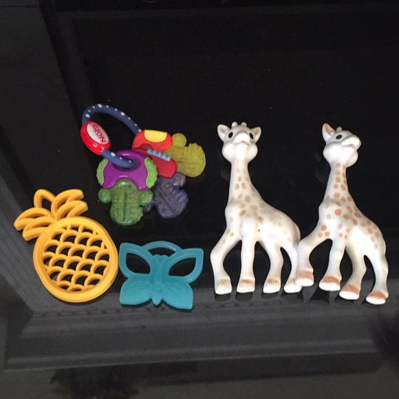 honest Other - Bundle of baby teethers